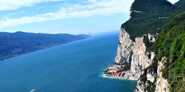 Der Gardasee - ein beliebtestes Reiseziele in Italien